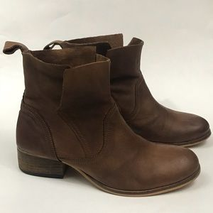 Urban Outfitters | Ecote | Brown Side Overlap Boot
